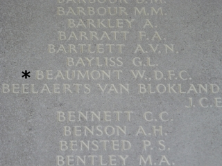 152 sqn Beaumont