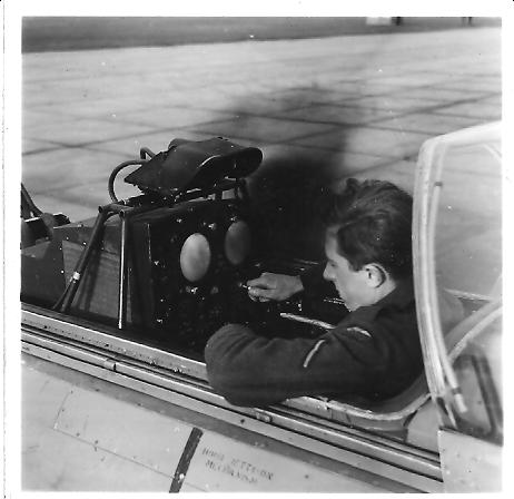 Eric_working_on_radar__1956